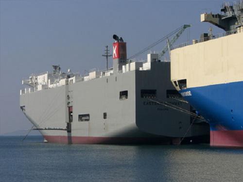 車両運搬船イースタンハイウェイ(新来島どっく)